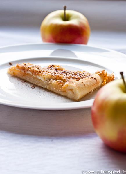 Apfelpizza-Kuchen mit Hefeteig