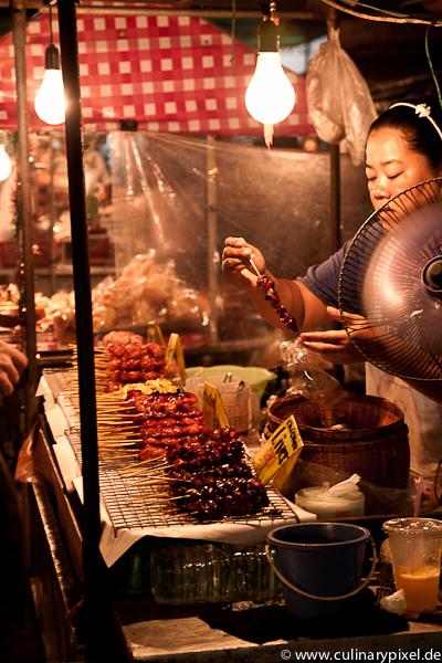 Saté-Spieße Thong Sala Night Market, Koh Phangan, Thailand