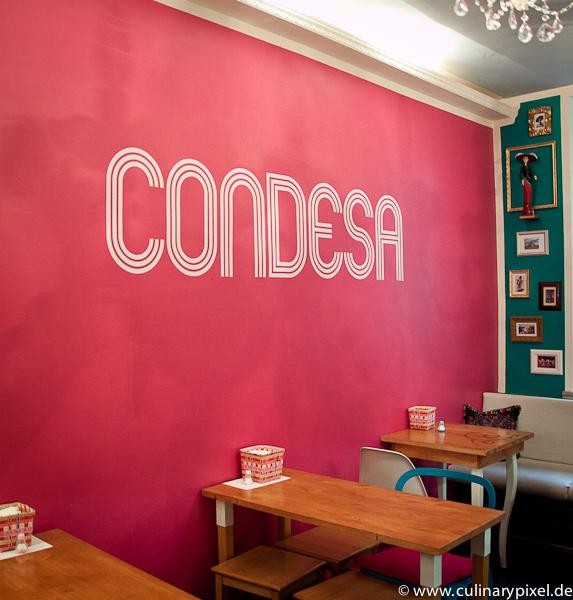 Wand mit Schriftzug - Condesa Gourmet Tacos & Burritos München