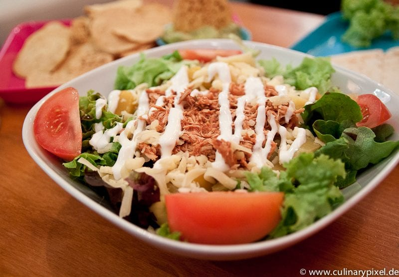Salat mit Huhn - Condesa Gourmet Tacos & Burritos München