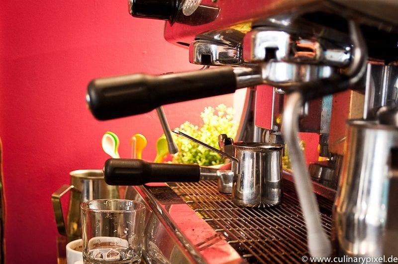 Guter Siebträger-Kaffee im Condesa Gourmet Tacos & Burritos München