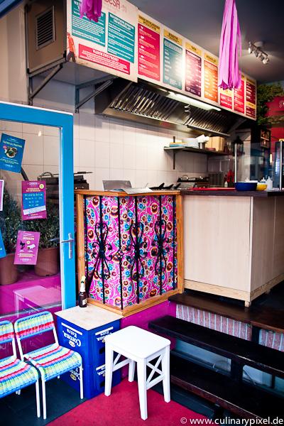 Außenansicht an der Münchner Freiheit Condesa Gourmet Tacos & Burritos