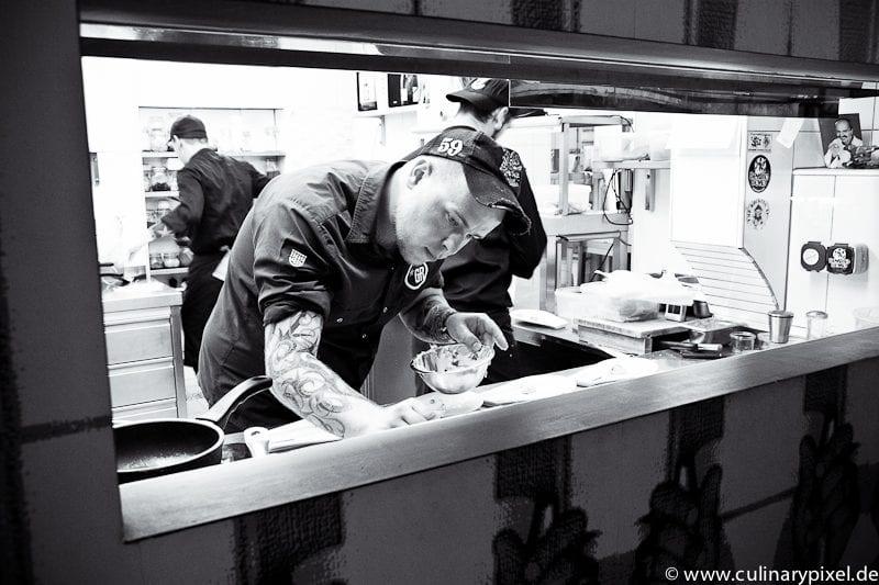 Blick in die Küche Gesellschaftsraum München