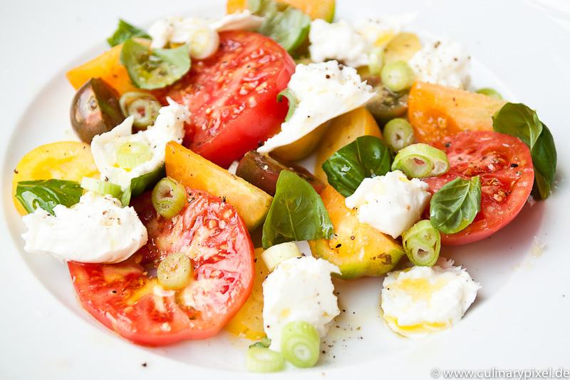 Tomaten und Büffelmozzarella
