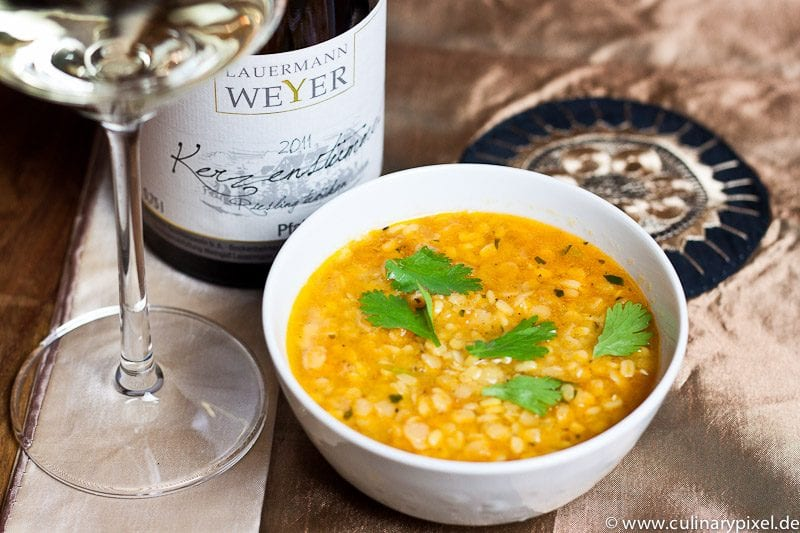 Linsensuppe Dal Shorba und Riesling
