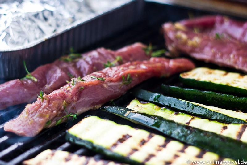 lammfilet aus neuseeland zucchini mit zitrone vom grill. Black Bedroom Furniture Sets. Home Design Ideas