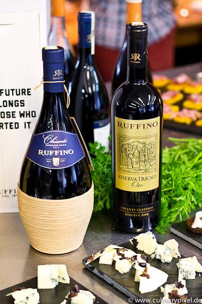 Ruffino Weine Käse weiße Schokolade Oliven