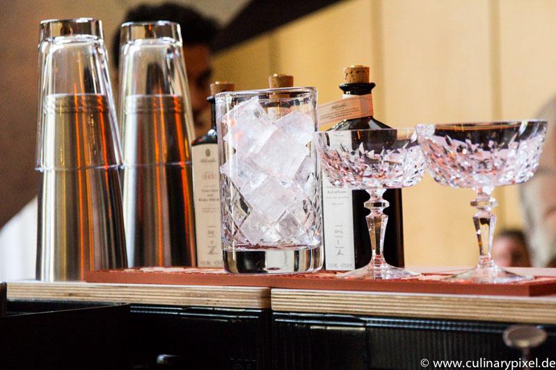 Cocktailkunst beim Bar-Wettbewerb mit Stählemühle-Destillaten