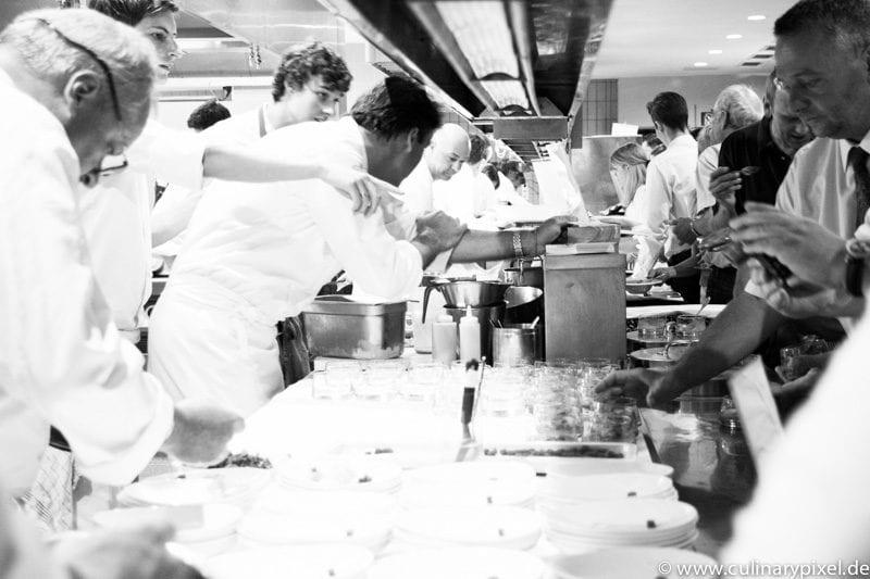 Martin Fauster & Friends - geschäftiges Treiben in der Küche