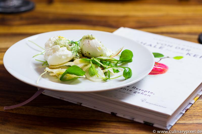 Bernadette Wörndl: Von der Schale bis zum Kern, Fenchel-Apfel-Salat mit Büffelmozzarella