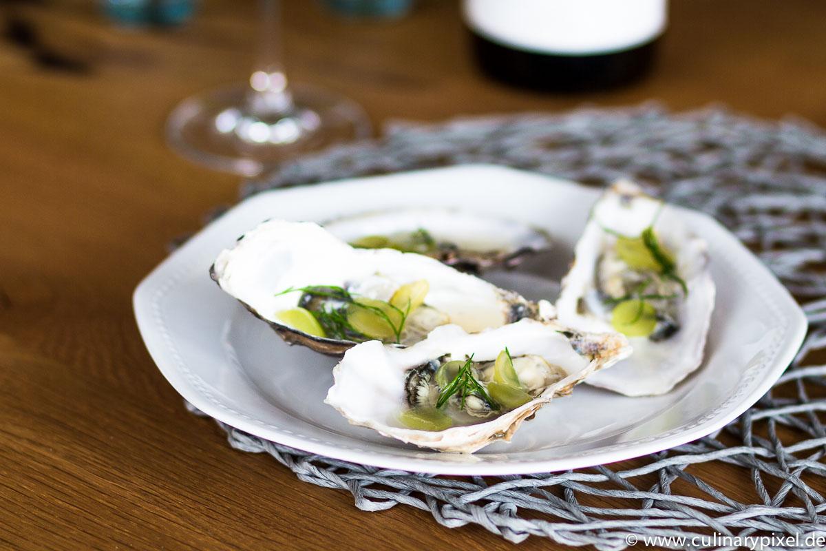 Austern mit Weintrauben und Dill