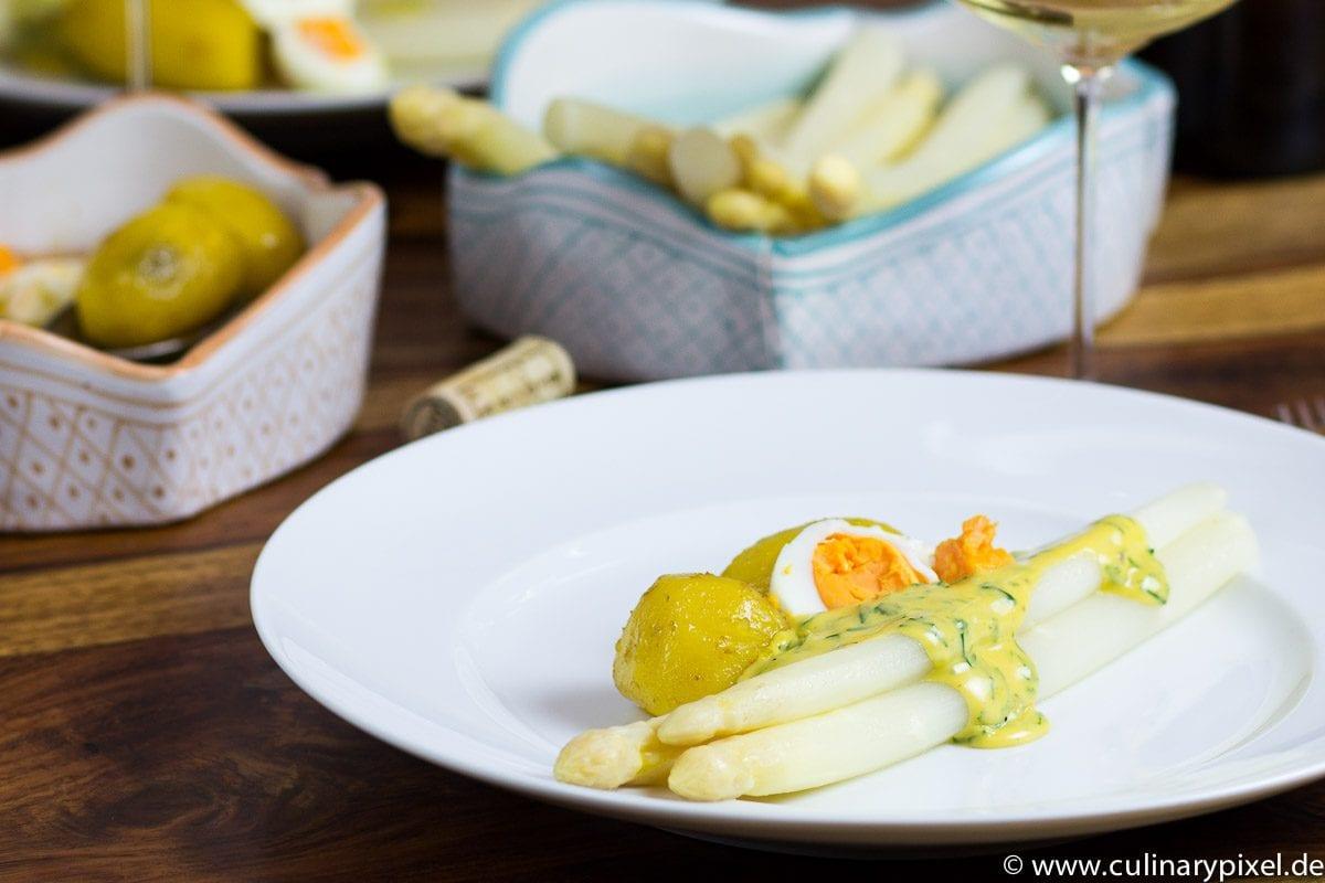 Spargel sous vide, Kartoffeln, Bernaise, Ei