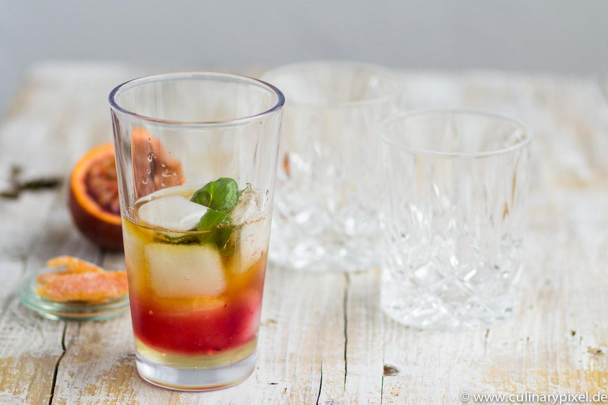 Whisky Cocktail mit Blutorange