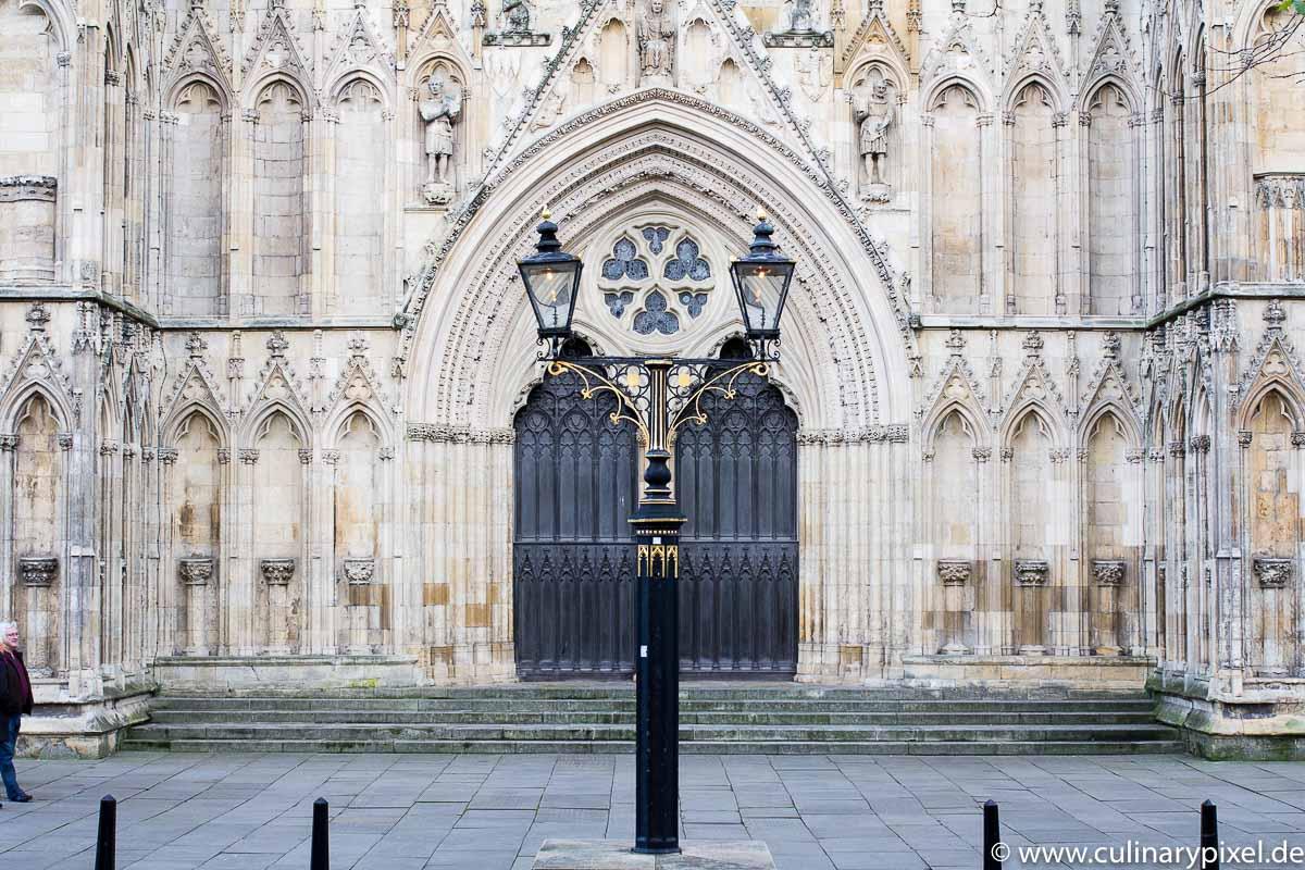 York Minster Eingang