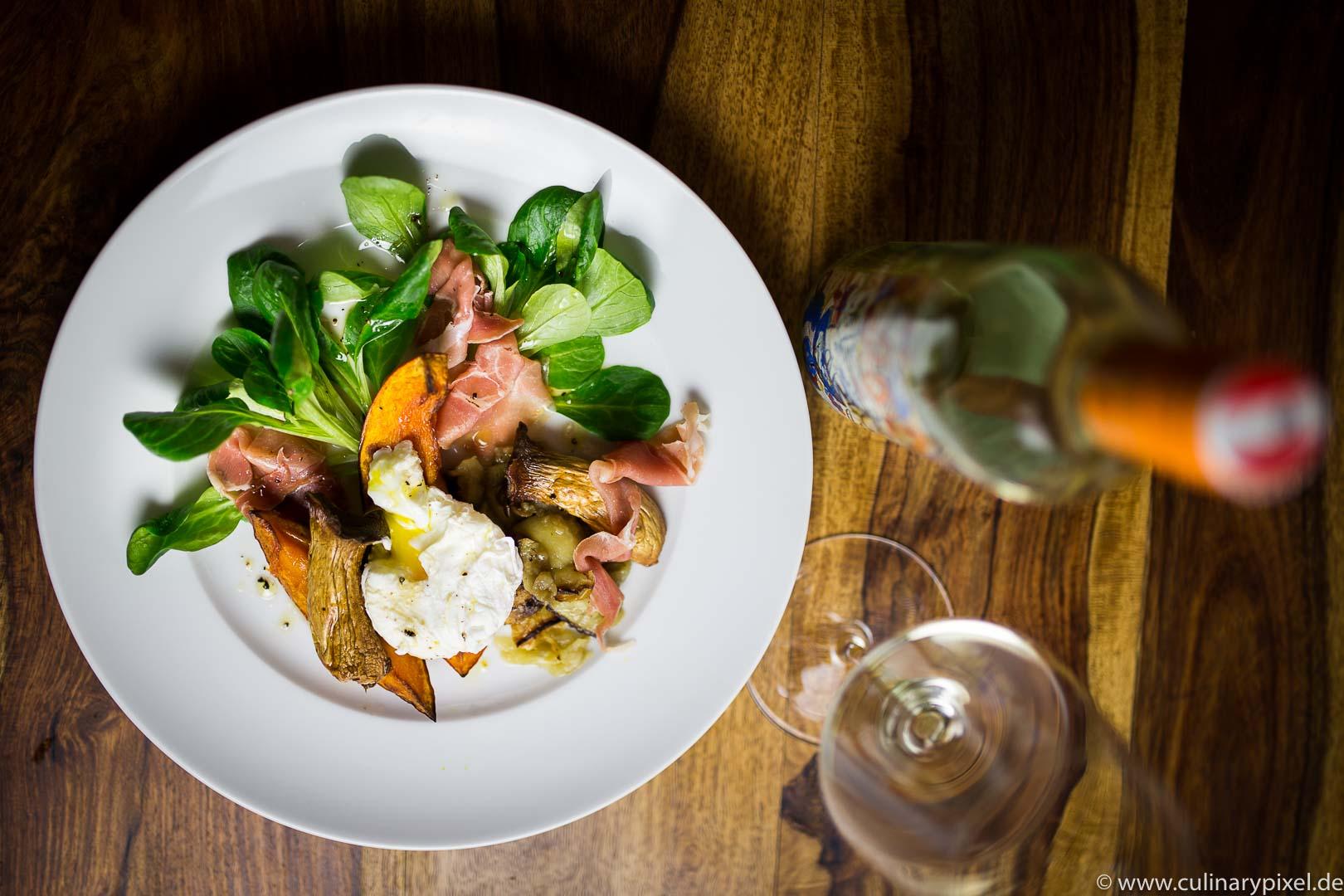 GrüVe 2015 Jurtschitsch Grüner Veltliner / Salat mit pochiertem Ei