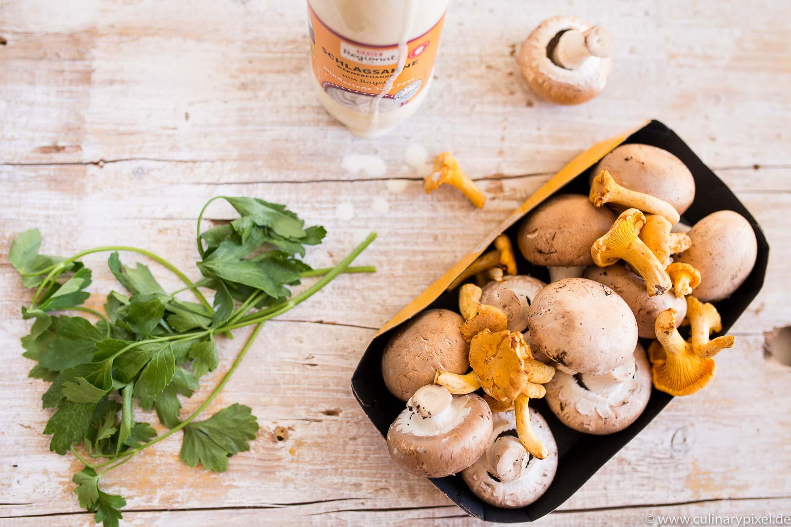 Pilze, Rahmschwammerl mit Spinatknödel