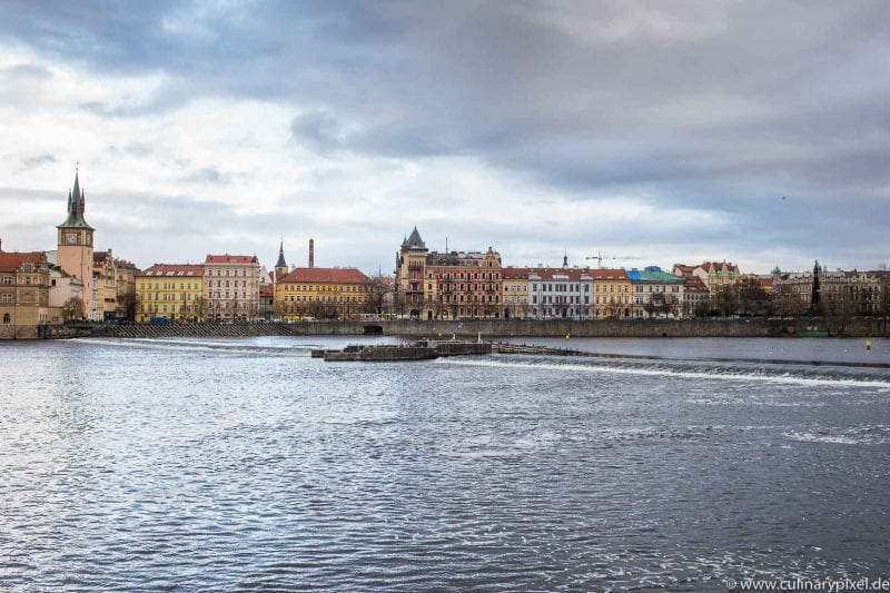 Prag - Blick auf die Altstadt über die Moldau