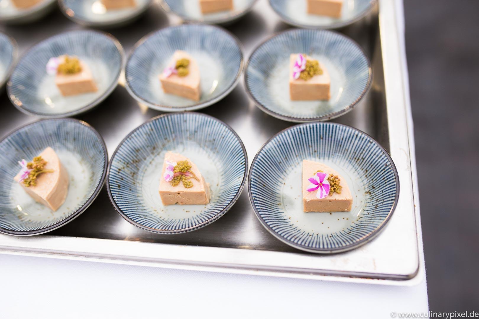 Tohru Nakamura Garden Table Geisels Werneckhof Entenleber
