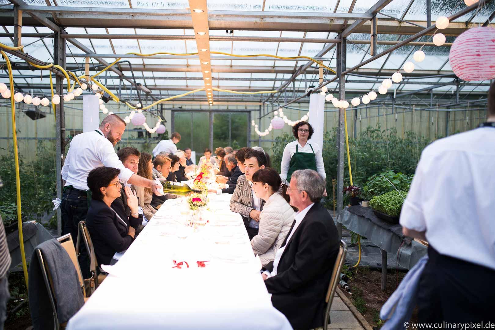 Tohru Nakamura Garden Table Geisels Werneckhof Tafel in der Gärtnerei