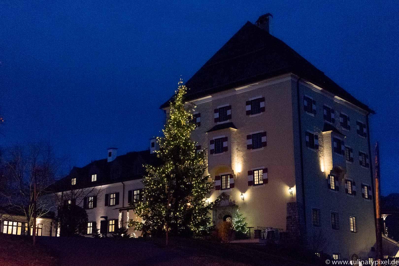 Schloss Fuschl zur Weihnachtszeit