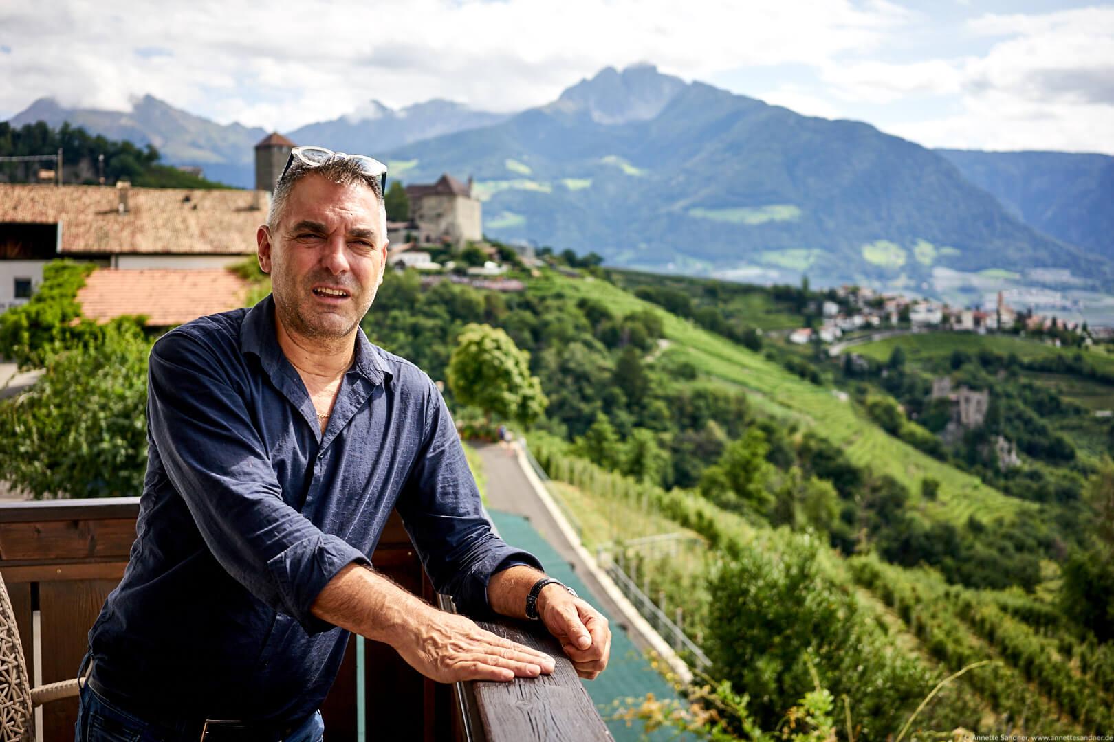Gastgeber Peter Schöpf im Hotel Kronsbühel, Dorf Tirol, Meran, Südtirol