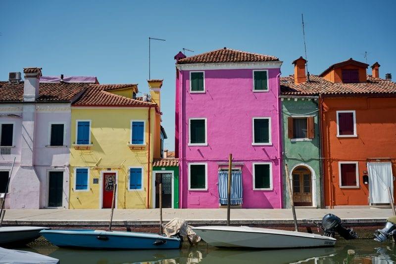 Bunte Häuser auf Burano, Venedig