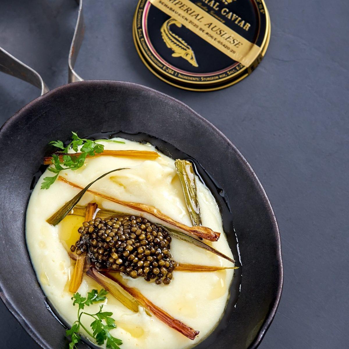 Kaviar mit Kartoffelpüree, brauner Butter & Kardamom   Imperial Caviar Auslese