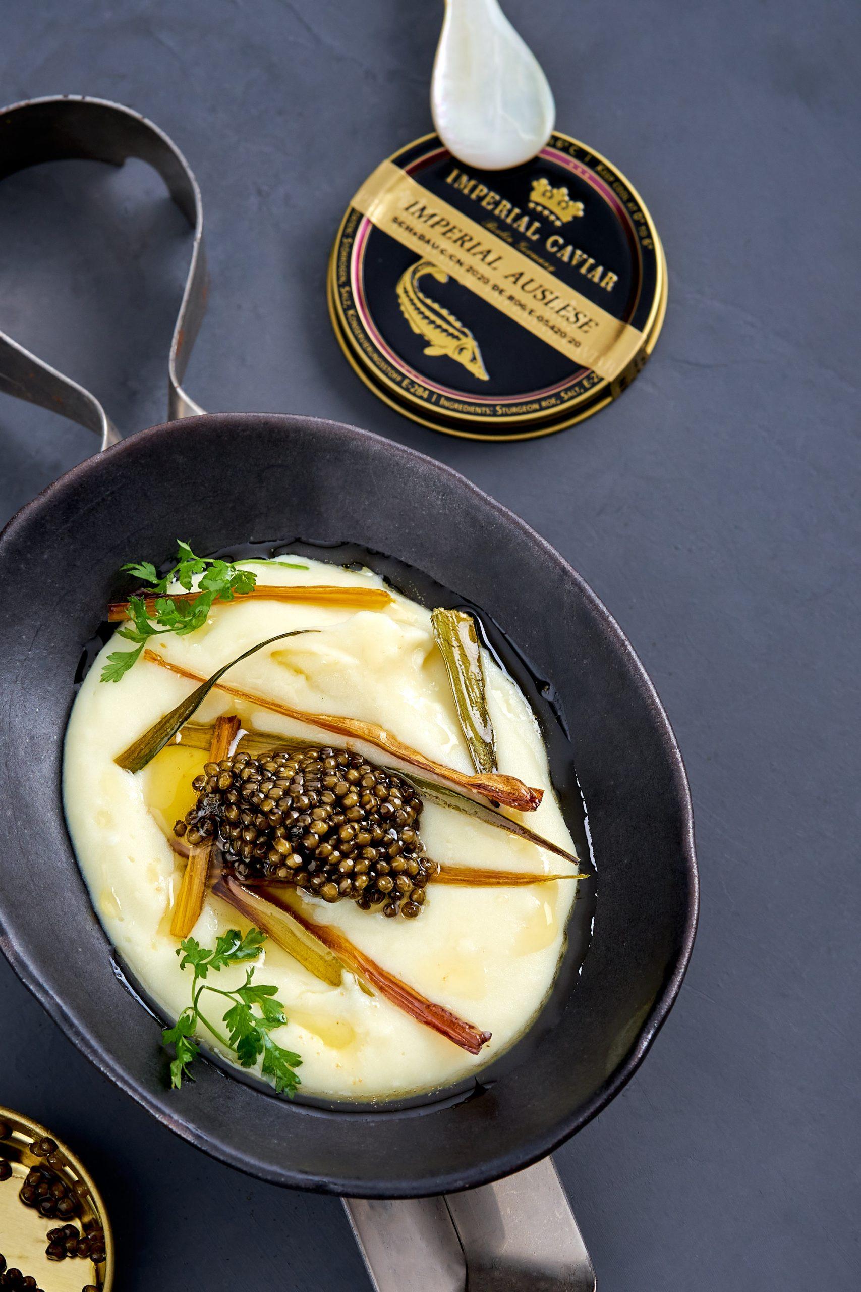 Kaviar mit Kartoffelpüree, brauner Butter & Kardamom | Imperial Caviar Auslese